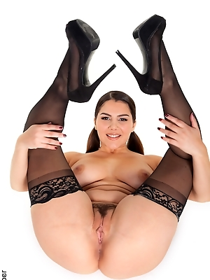 Valentina Nappi - Bundle Of Joy